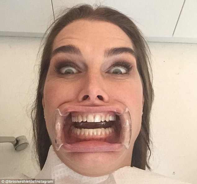 26493E8400000578-2977955-Big_mouth_Brooke_posted_a_terrifying_image_last_month_while_she_-a-3_1425417195537.jpg