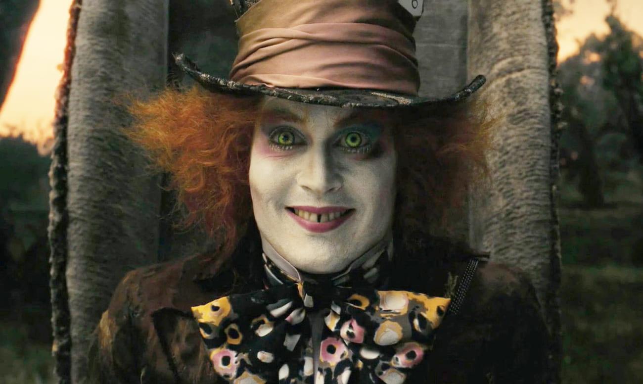 Фото Безумного Шляпника Джонни Деппа с диастемой зубов