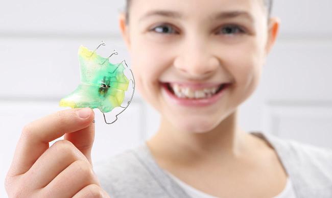 Пластинки для зубов детям