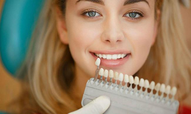 Цвет зубов — от серого до белого
