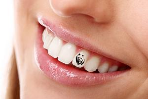 Татуировки для зубов снова в моде