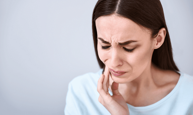 Пародонтит — симптомы и причины