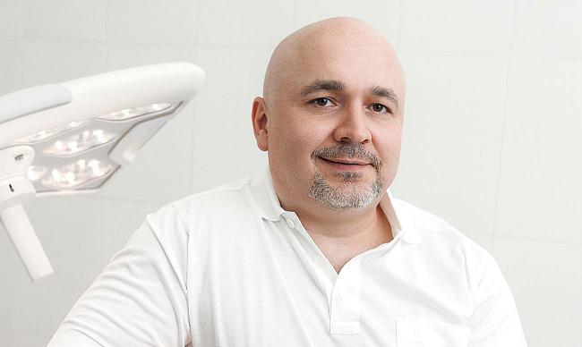 установка винир на передние зубы цена